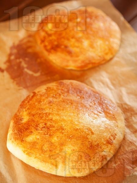 Пиде - турски плосък хляб - снимка на рецептата